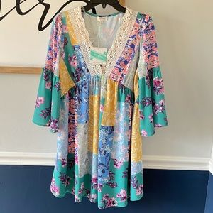 Umgee Lace V Neck Bell Sleeve Floral Dress Small